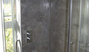 Modern Bathroom with Tadelakt Shower