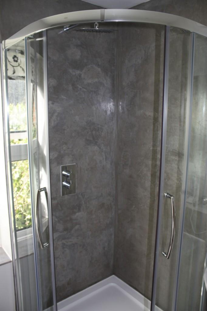 Tadelakt Shower - Gravity Builder Brighton